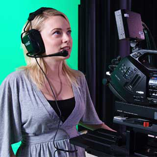 A student operates a camera 在 彩票平台's state-of-the art Media Production Center.